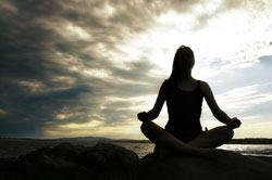 meditating_girl